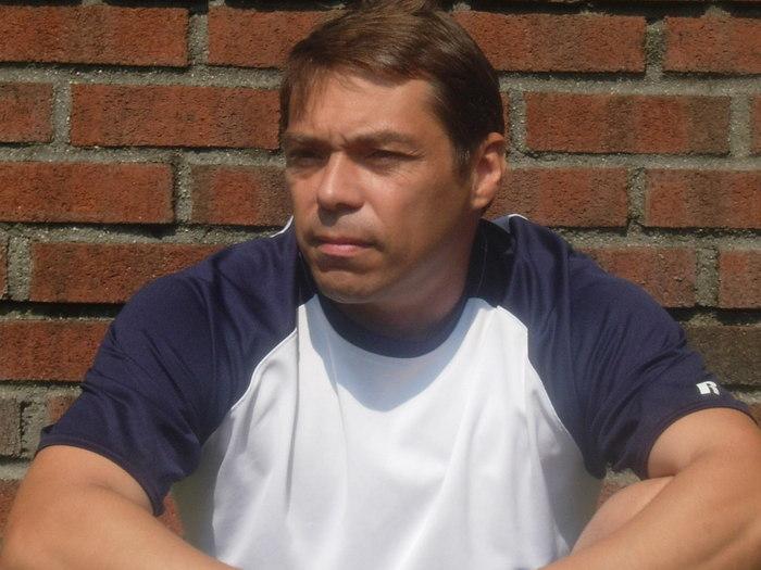 Paul  Volponi
