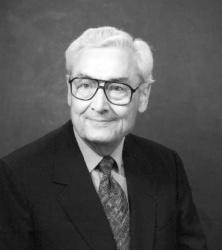 Robert M Utley