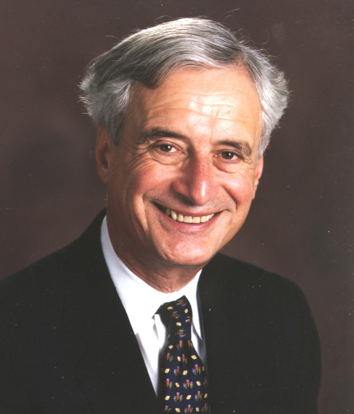 Robert M Kaplan