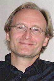 Andrew  Holecek