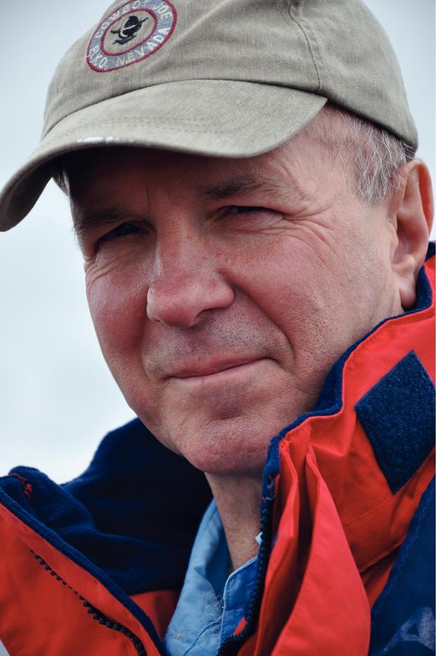 Simon  Winchester