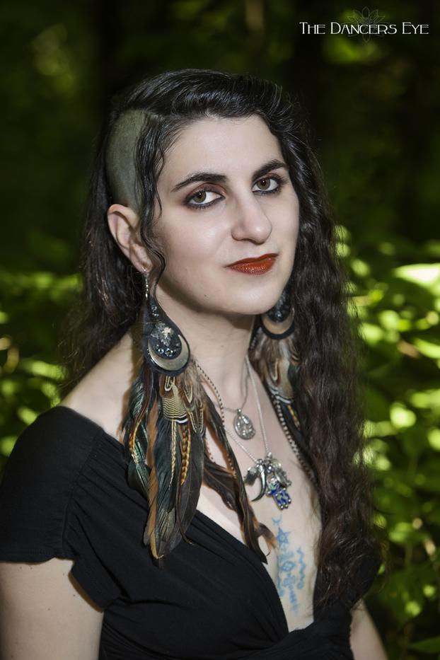 Laura T Zakroff