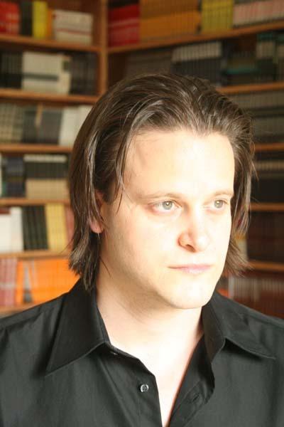 Noah  Lukeman