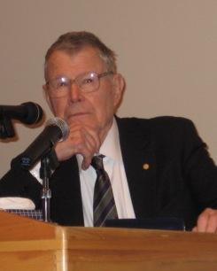 Thomas C Schelling