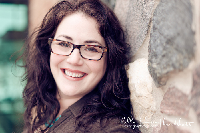 Amy E Reichert